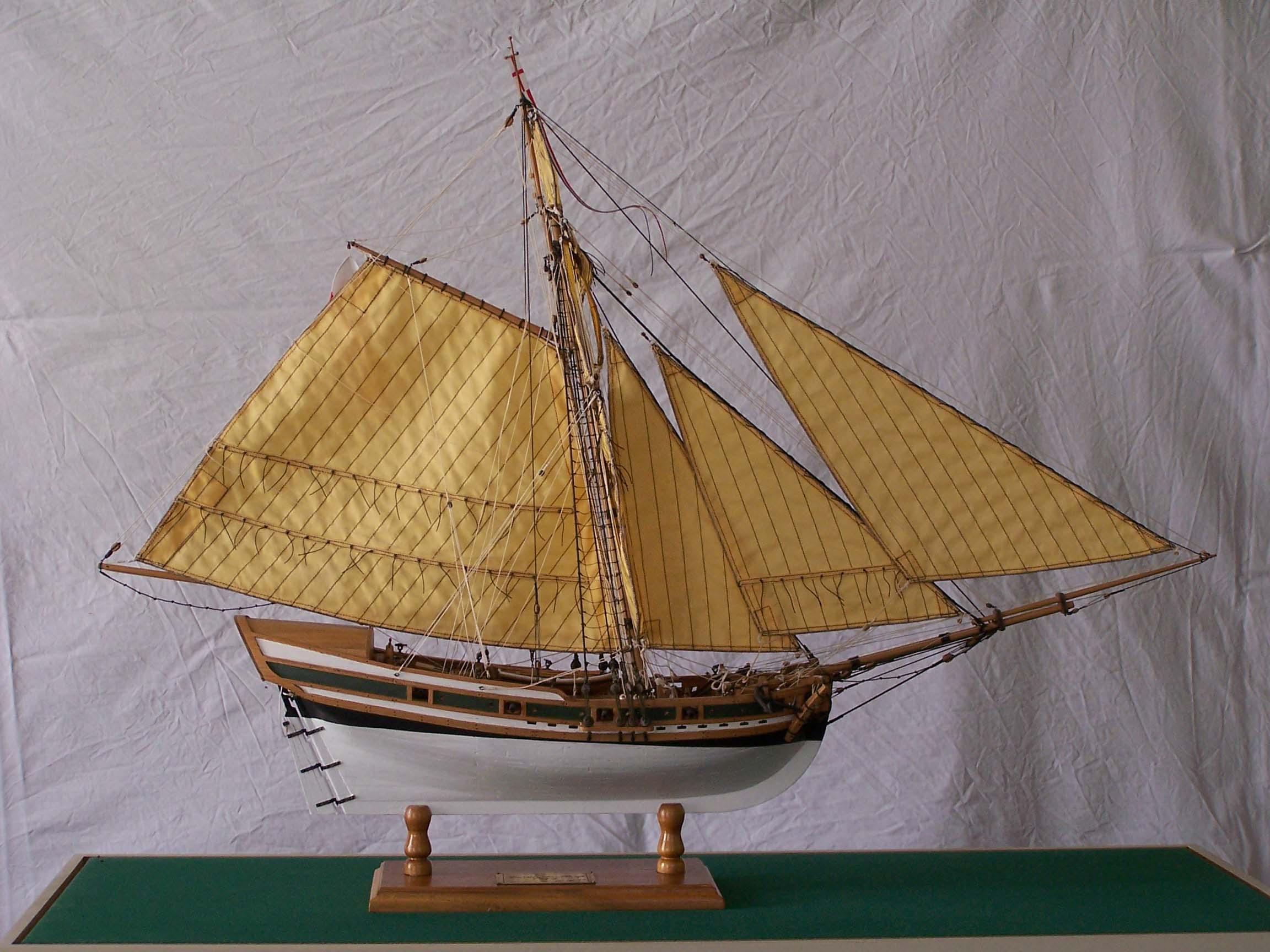 Photos Bermuda Sloop model