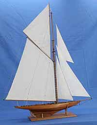 Schiffsmodell Yacht BRITANNIA