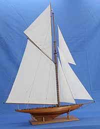 Model of yacht BRITANNIA
