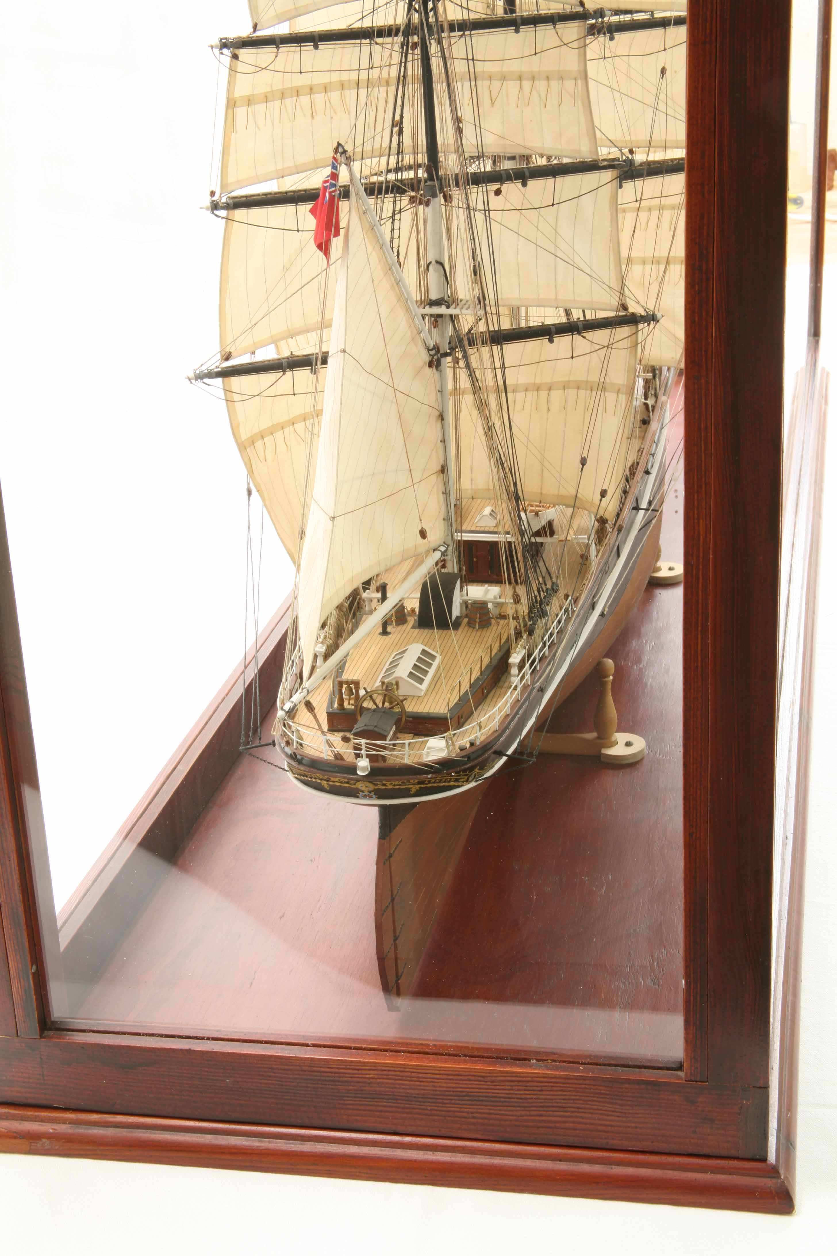 Photos Ship Model Cutty Sark In Display Case