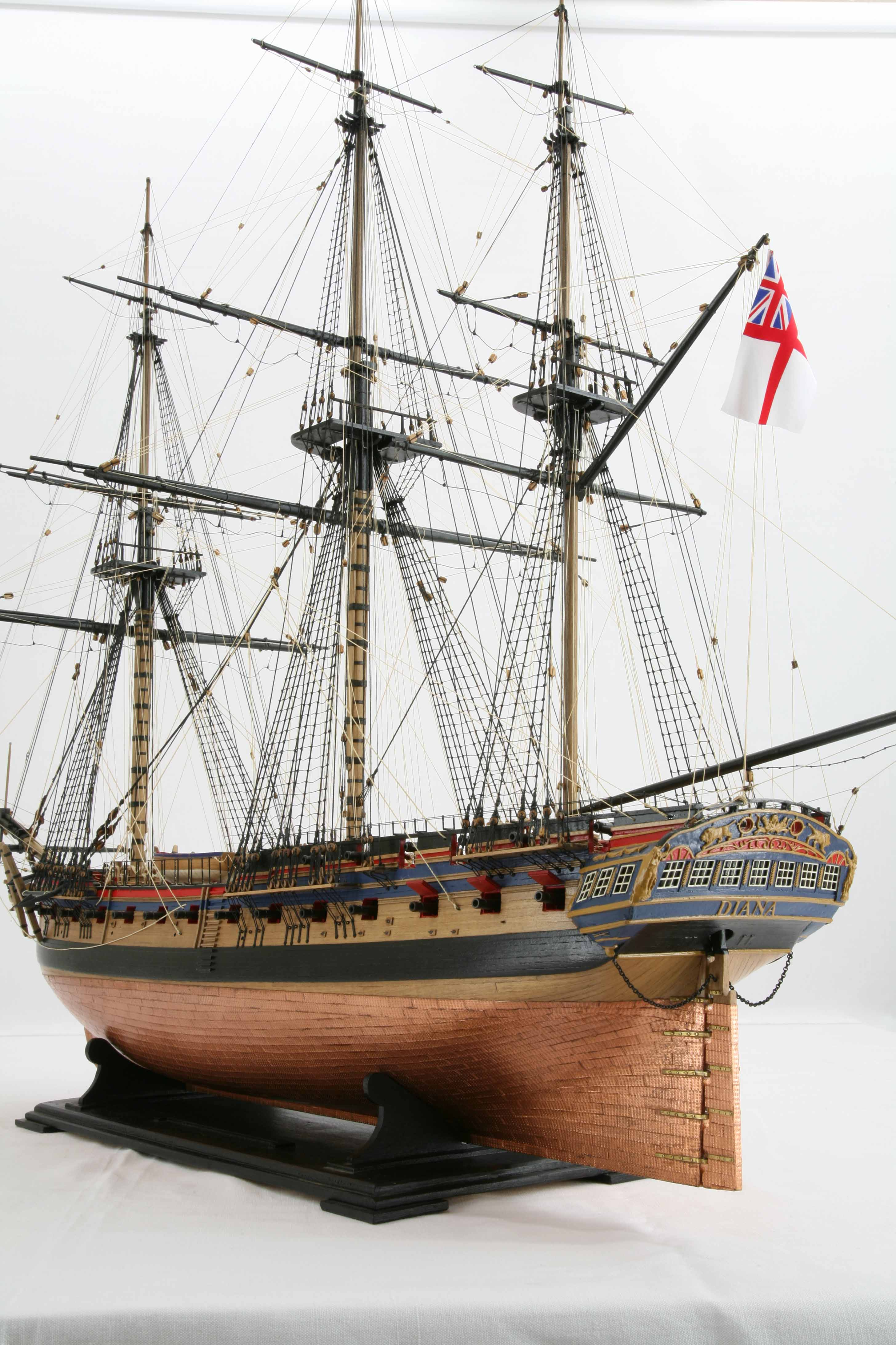 photos of ship model frigate hms diana of 1794  close
