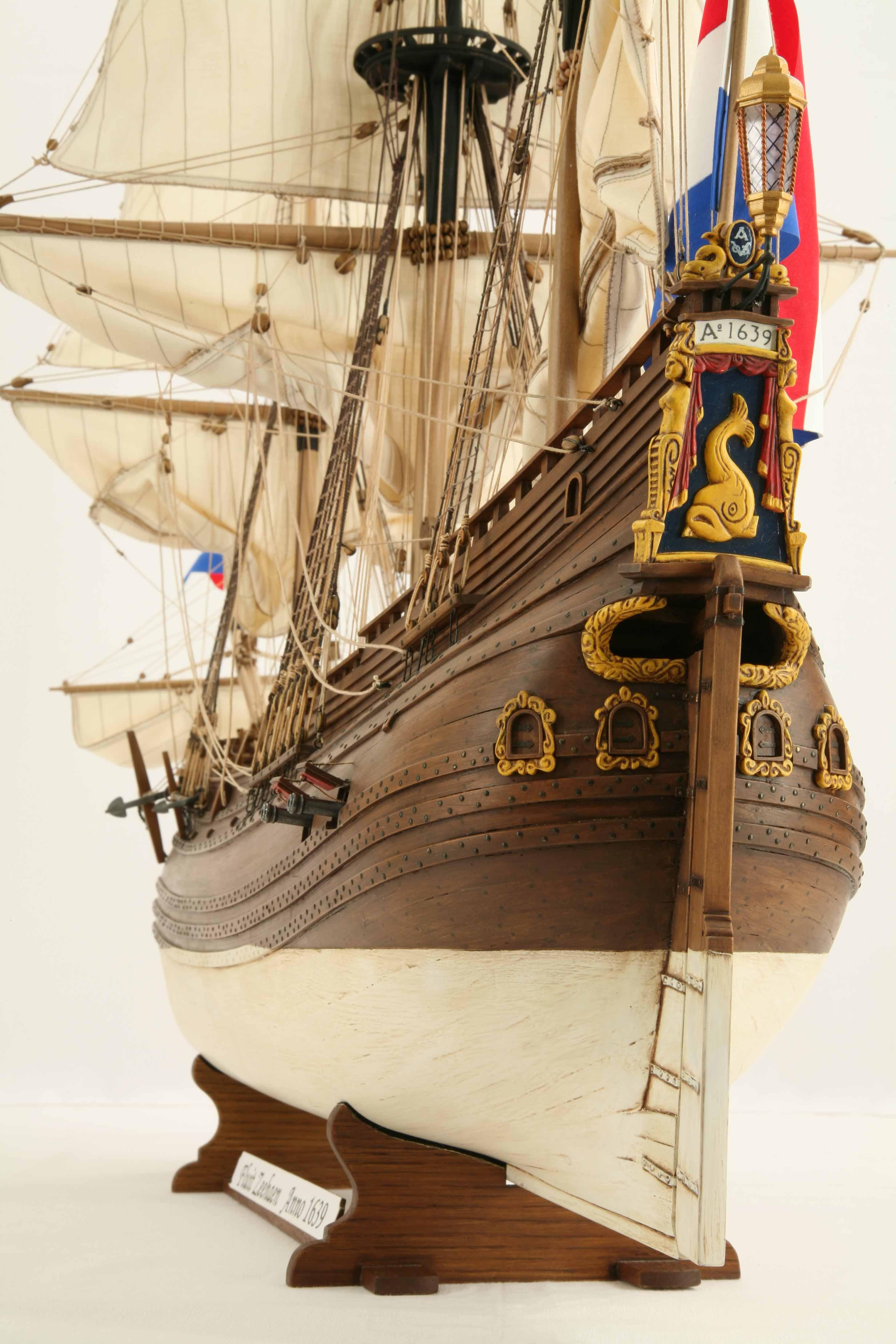 Close-up photos of ship model Dutch fluyt ZEEHAEN of 1639