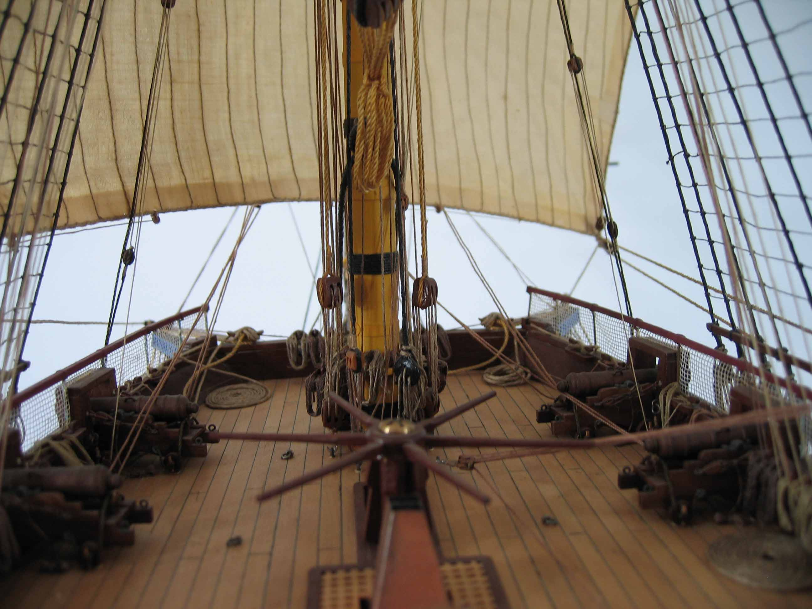 Close-up photos: ship model French 40 gun frigate of 18th
