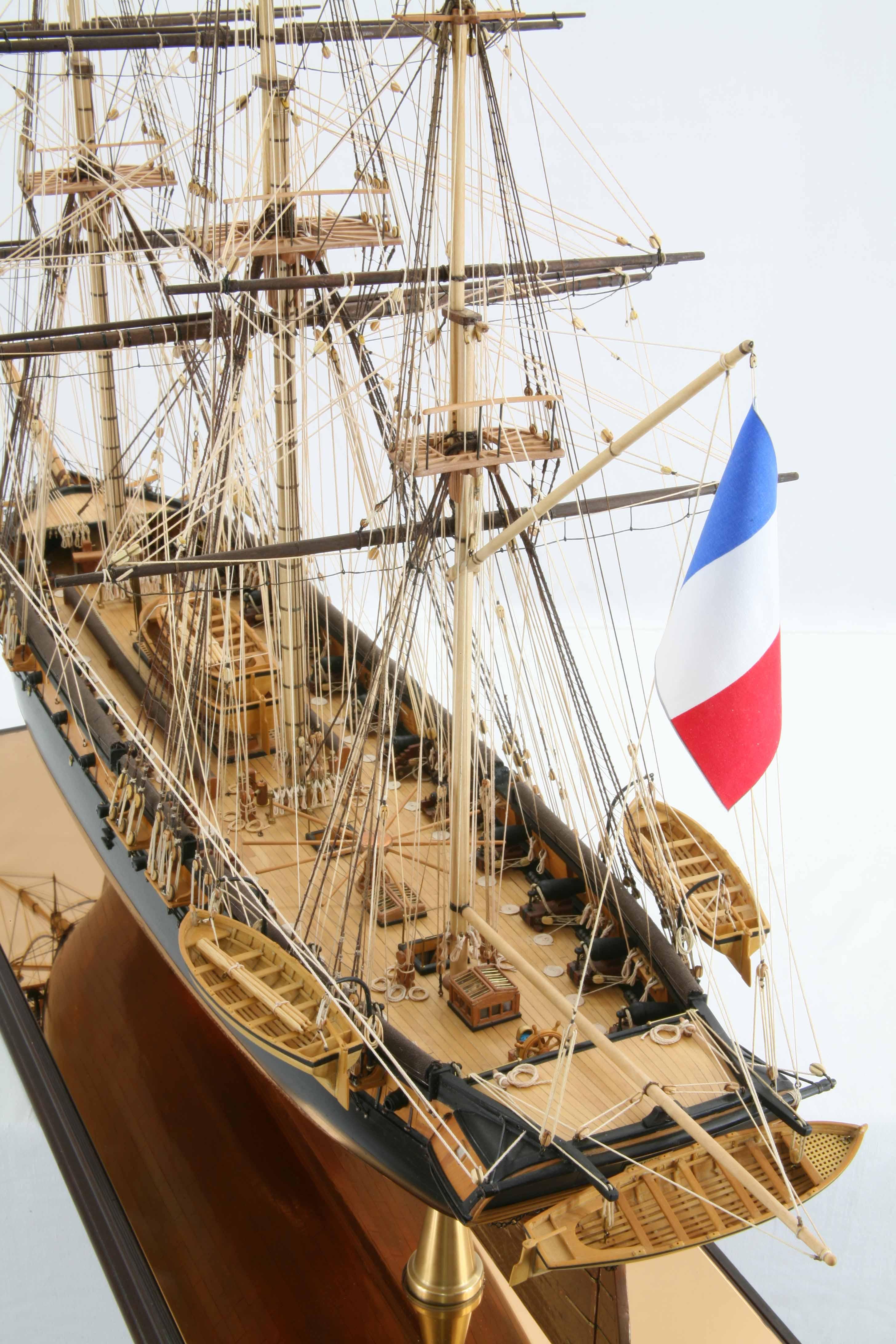Photos ship model French corvette La Créole of 1827, close ...