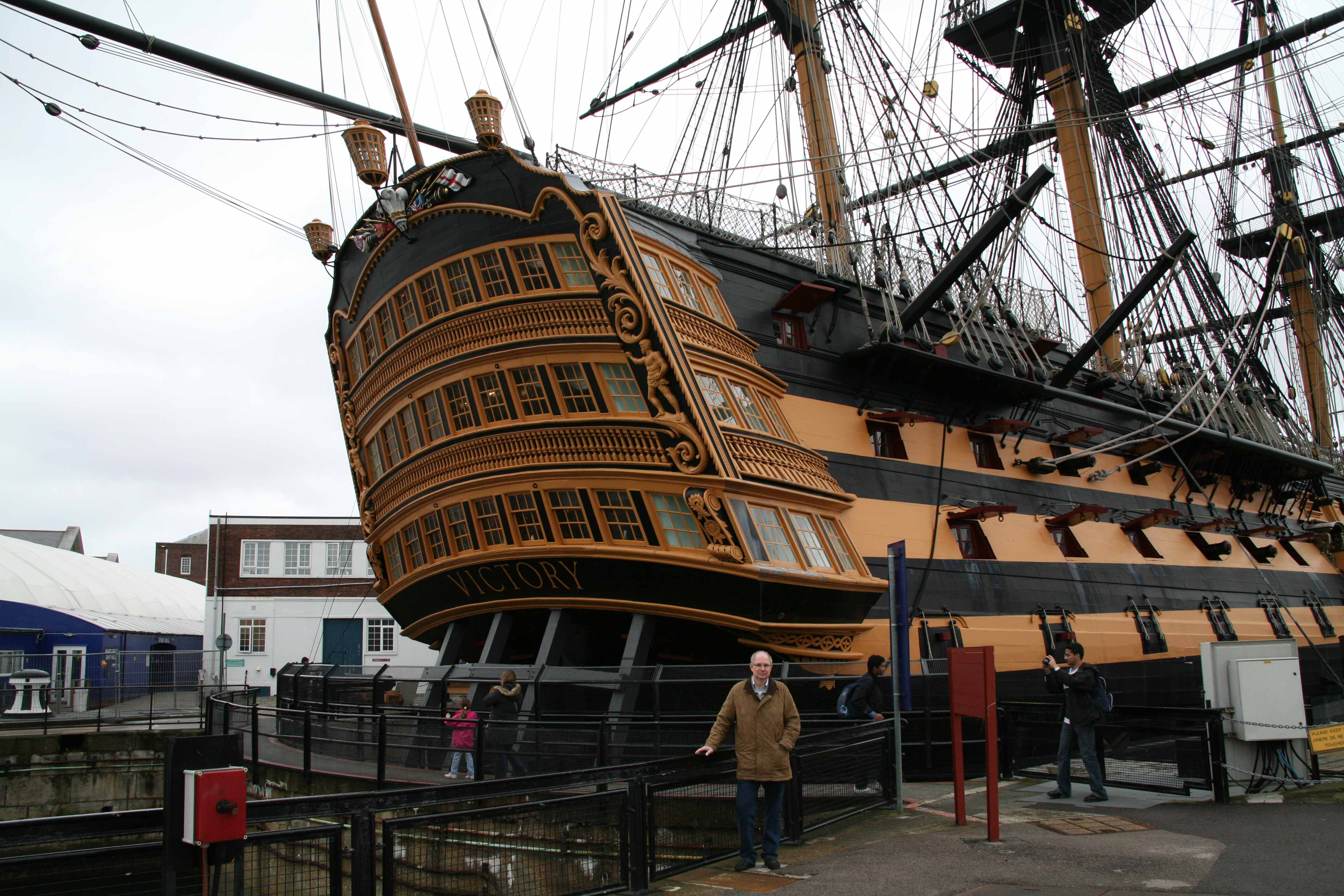 Hms victory portsmouth uk for Replica mobel england