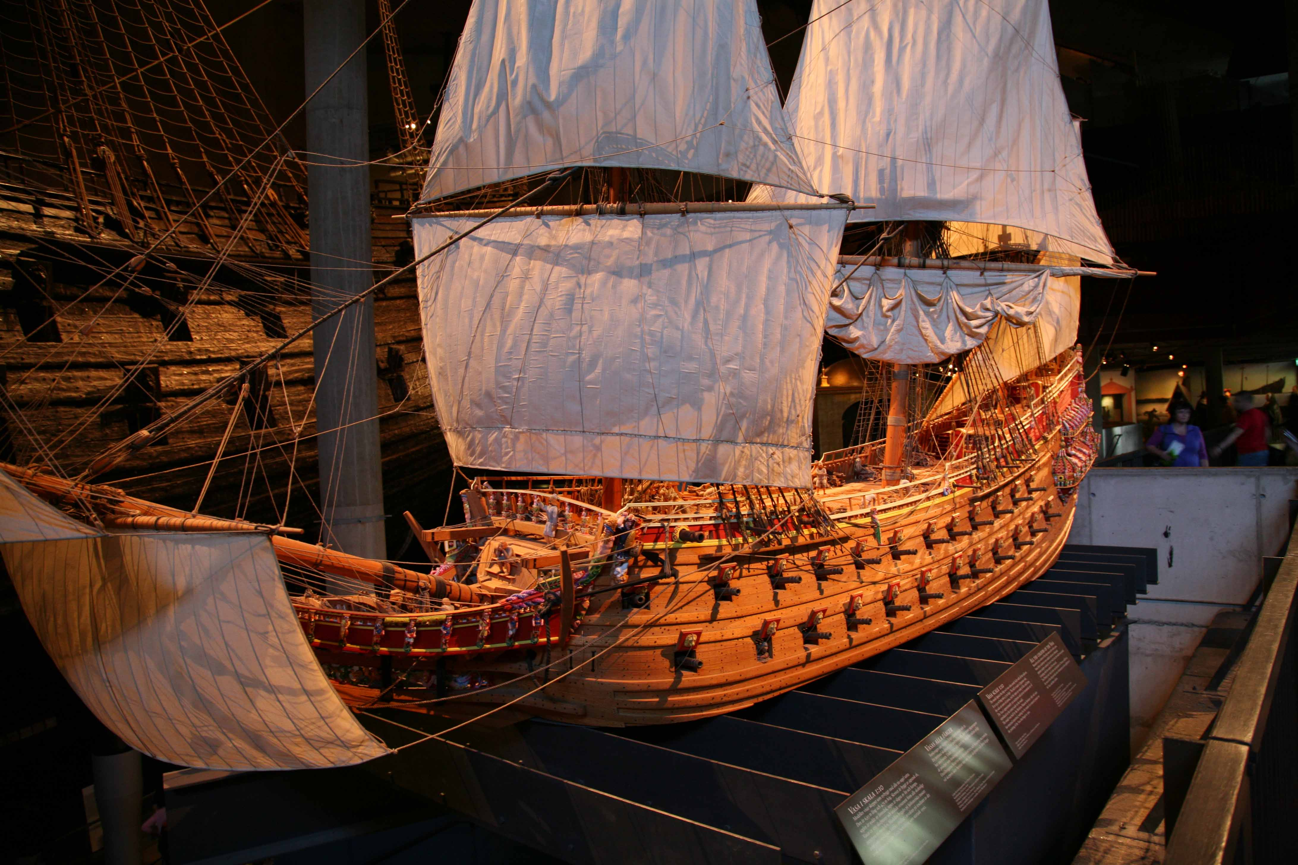 Photos of Vasa 1 : 10 scale model in the Vasa museum Stockholm