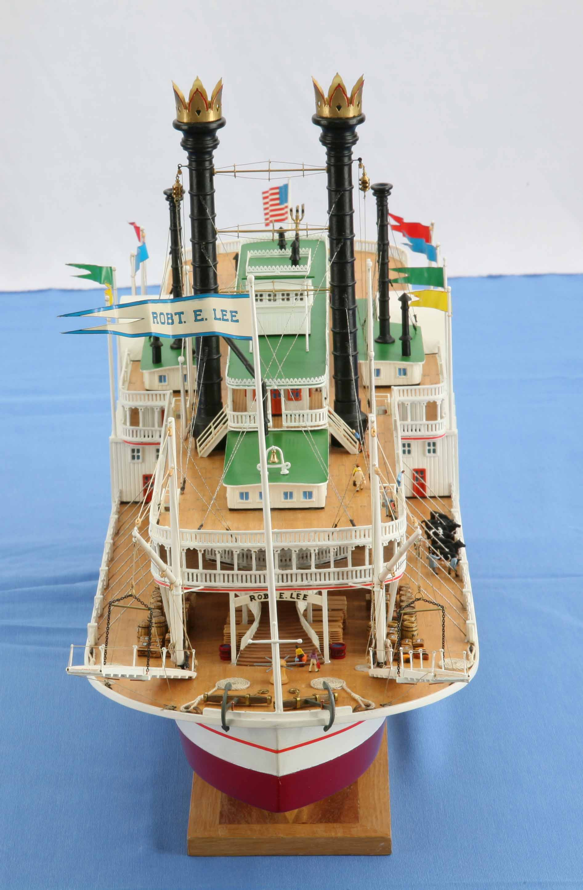 Photos Of Ship Model Mississippi Steamboat Robert E Lee