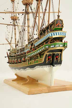 Photos of ship model galleon of 1610, close-up views
