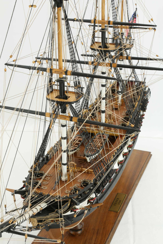 Photos Ship Model American Frigate Essex Of 1799, Views Of -8395