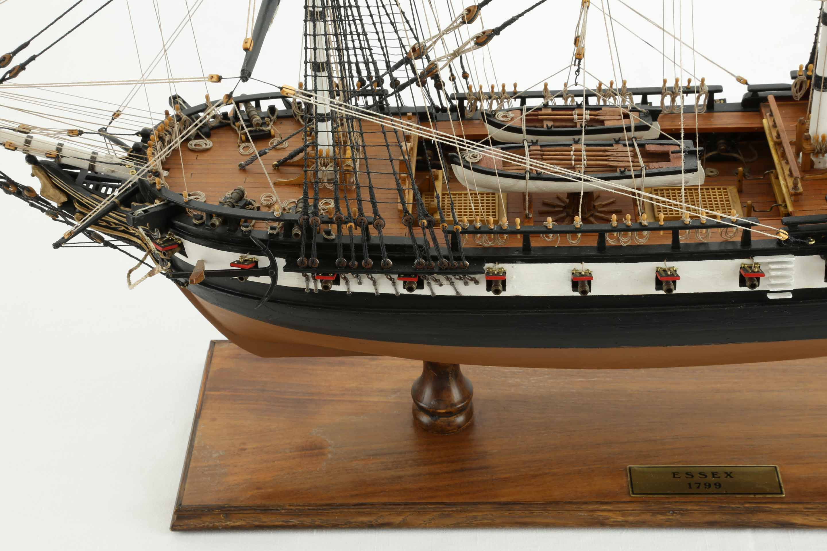 Photos ship model American Frigate Essex of 1799, views of ...