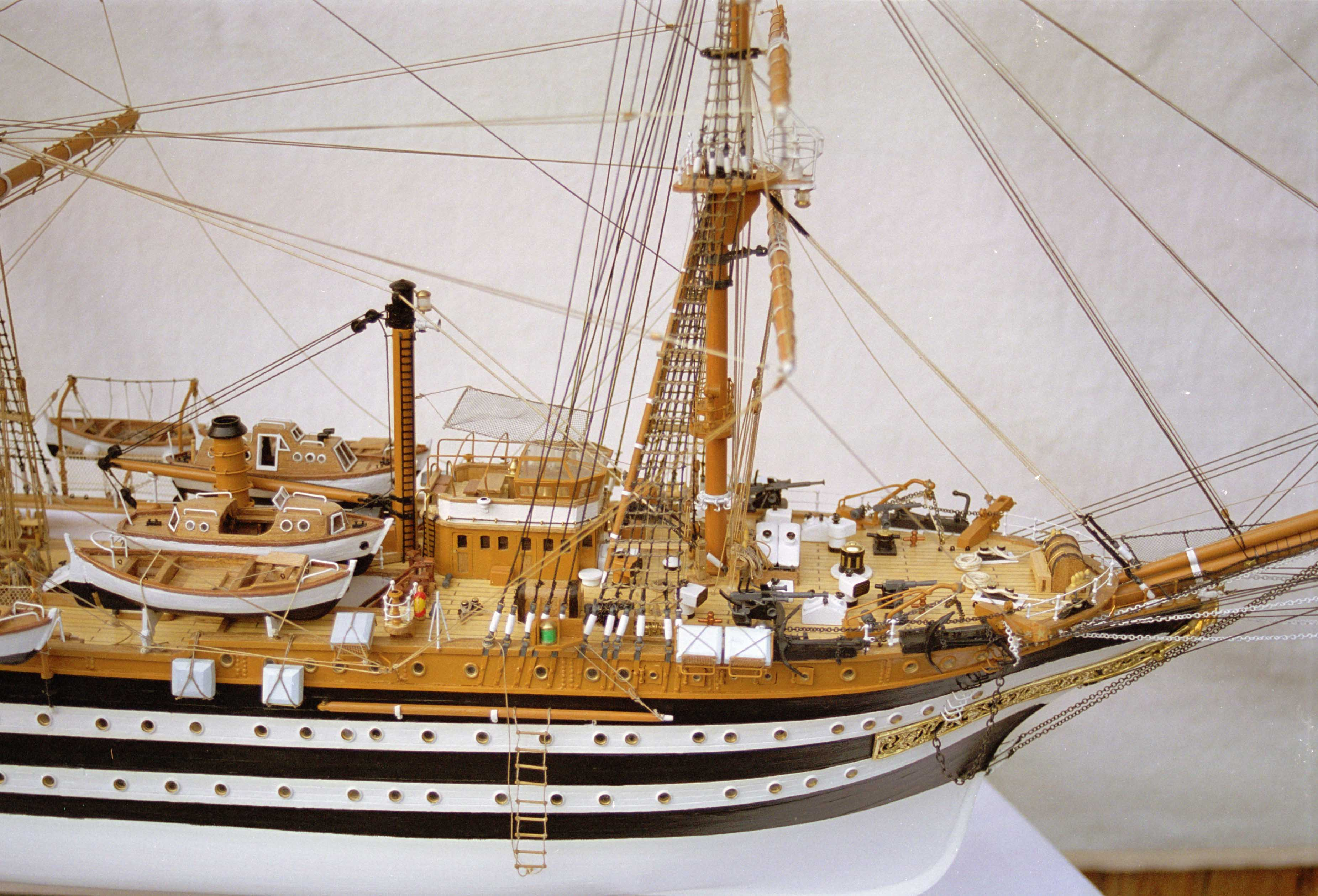 Photos ship model Amerigo Vespucci