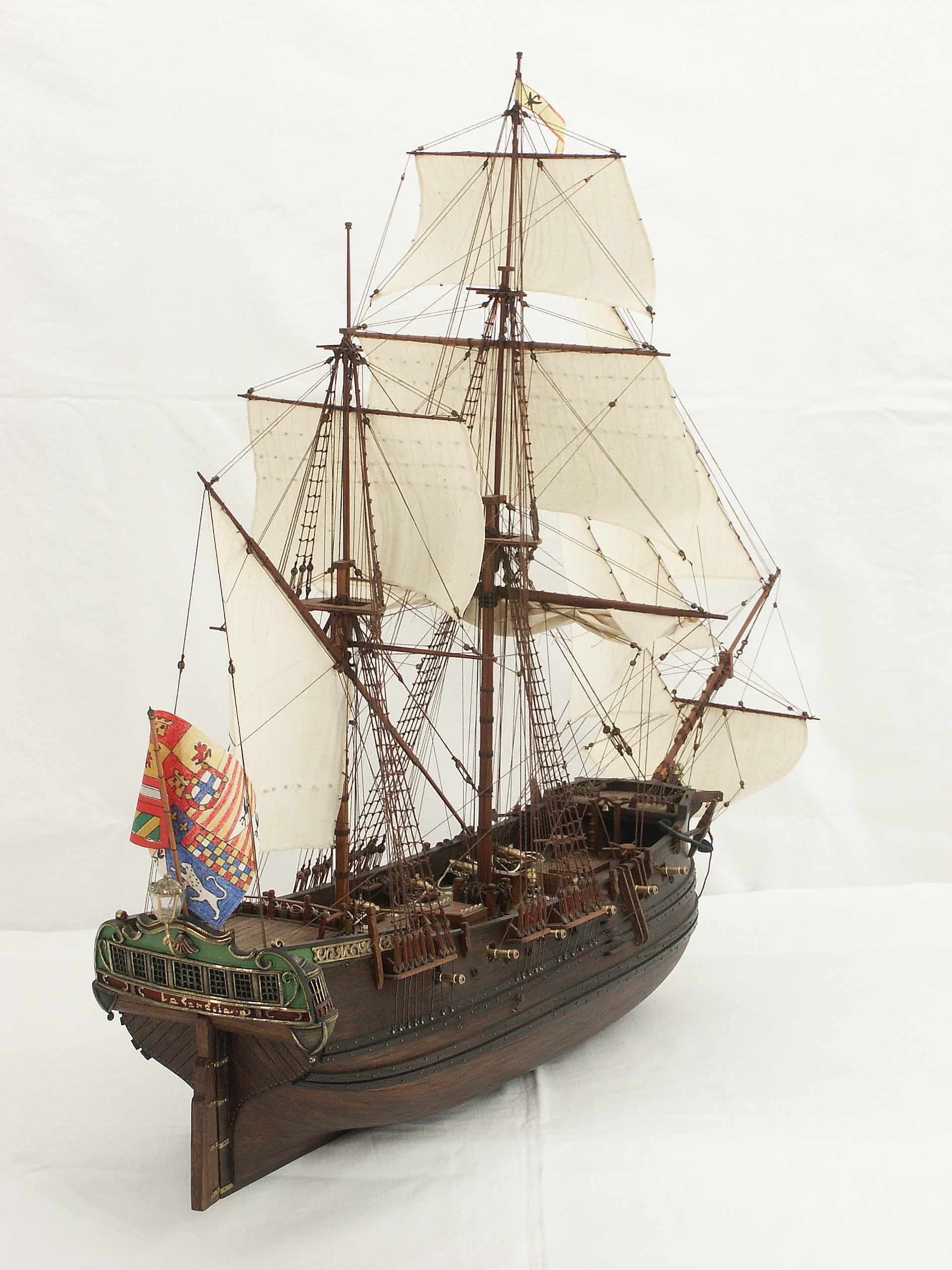 Photos ship model La Candelaria