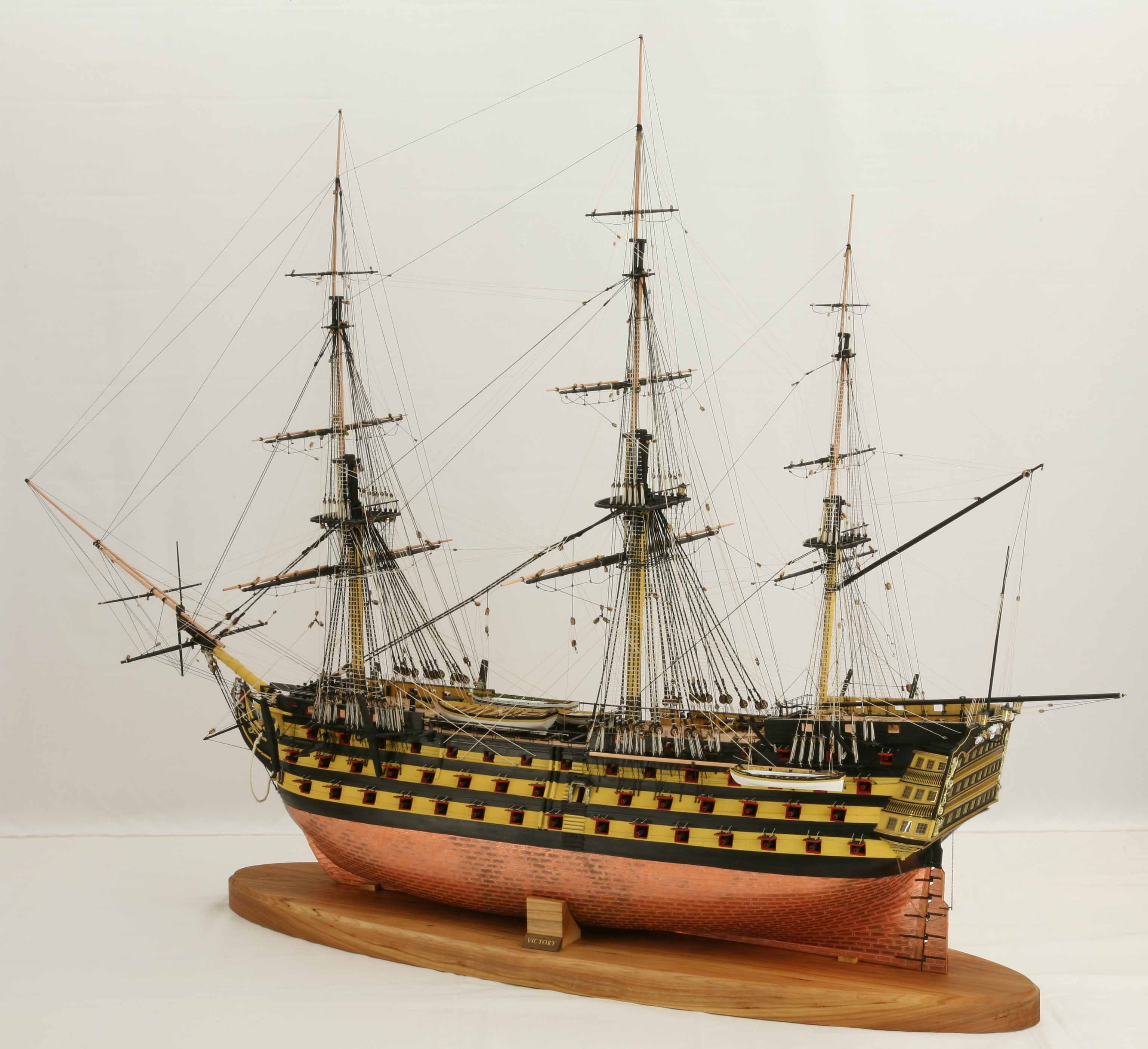 Photos ship model 1 : 72 scale of Victory, Nelson's ...