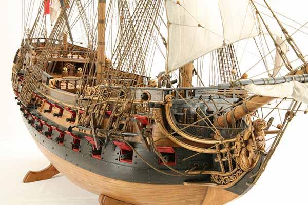Photos of ship model Wappen von Hamburg of 1720, detail views