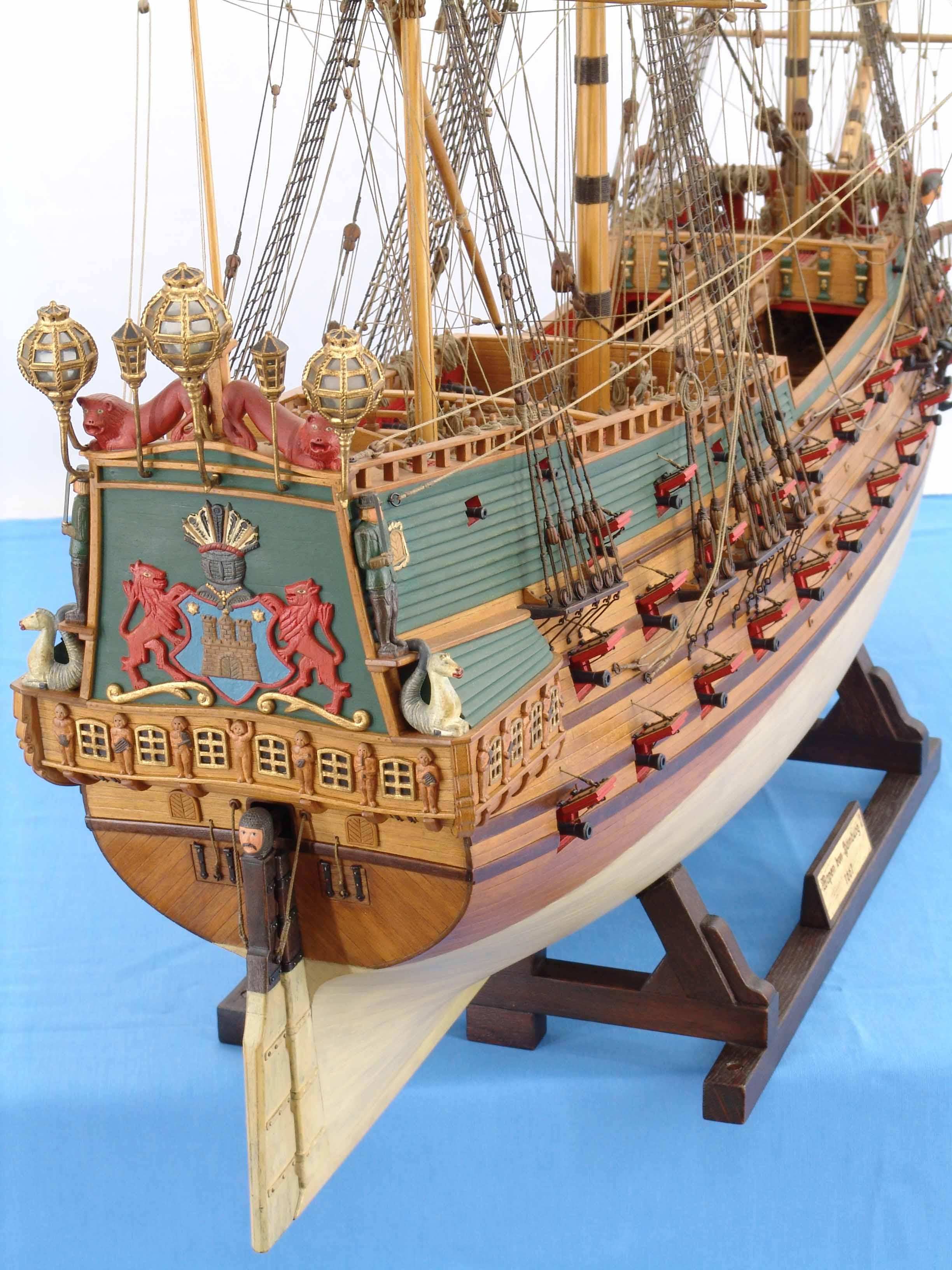 Bilder (Nahaufnahmen) Schiffsmodell WAPEN VON HAMBURG von 1669